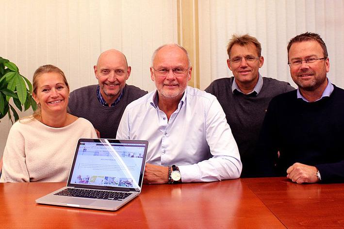Foto av Jannicke Isaksen, Per Henning Graf, Bjørn Glenn Hansen, Harald Aase og Hans Olav Meen Nilssen
